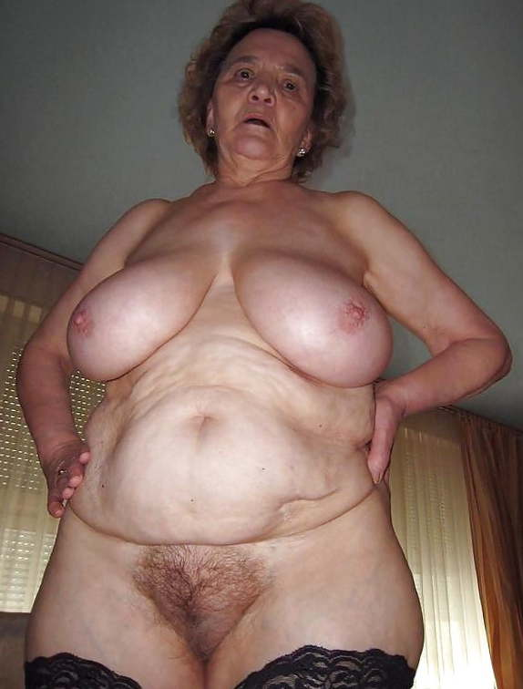 Тити бабушек фото голые